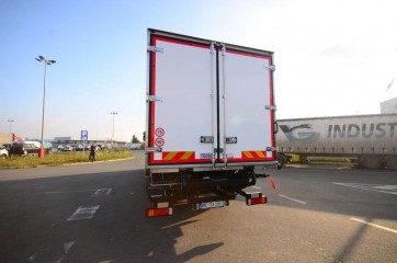 UNIC ATP tuck away na 26-tonskom vozilu 1
