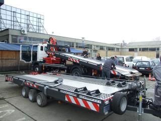 UNIT O2, prevoz policijskih automobila 3