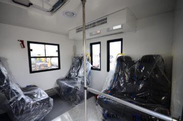 UNIC nadogradnja za prevoz rudara sa 24 sedišta i prostorom za odlaganje alata 3
