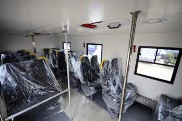UNIC nadogradnja za prevoz rudara sa 24 sedišta i prostorom za odlaganje alata 4
