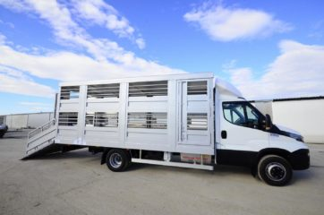 UNI CARGO ANIMAL nadogradnja - aluminijumska, za prevoz živih životinja 5