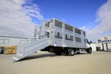 UNI CARGO ANIMAL nadogradnja - aluminijumska, za prevoz živih životinja 6