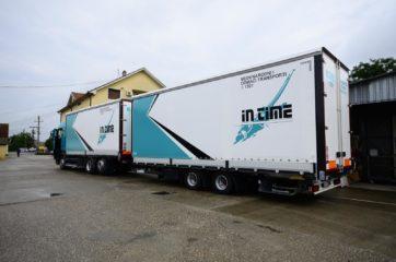 UNI CARGO TARPSIDES kamion bruto 26t i Schmitz prikolica 18t bruto mase 2