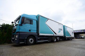 UNI CARGO TARPSIDES kamion bruto 26t i Schmitz prikolica 18t bruto mase 5
