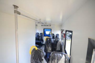 UNIC nadogradnja za prevoz rudara sa 10 sedišta i prostorom za odlaganje alata 4