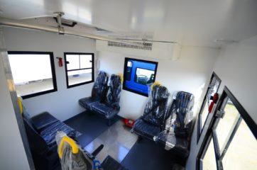 UNIC nadogradnja za prevoz rudara sa 10 sedišta i prostorom za odlaganje alata 6