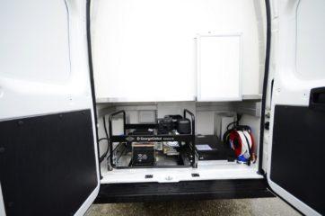UNIVANS pokretna laboratorija u kombi vozilu 3