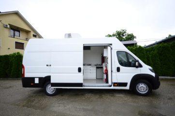 UNIVANS pokretna laboratorija u kombi vozilu 4
