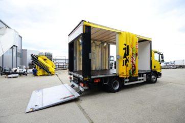 UNI CARGO OPEN BOX za prevoz pića, sa utovarnom rampom i klapnom 4