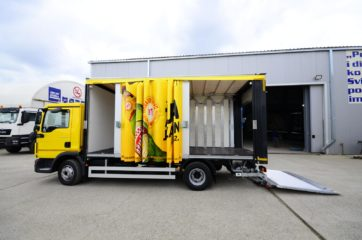 UNI CARGO OPEN BOX za prevoz pića, sa utovarnom rampom i klapnom 5