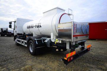 UNI CARGO cisterna V-6000l za prevoz goriva 2