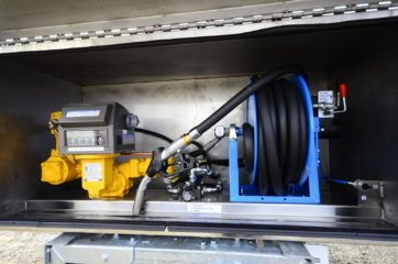 UNI CARGO cisterna V-6000l za prevoz goriva 4