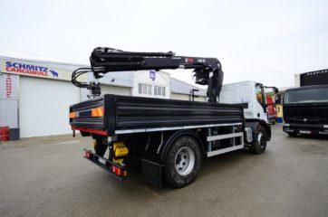 UNI CARGO SIDES sa HIAB X-Duo dizalicom sa visoko postavljenim sedistem 3