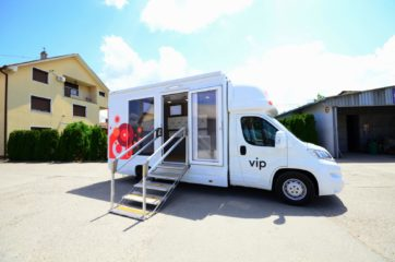UNI AL pokretna prodavnica - mobile shop 7