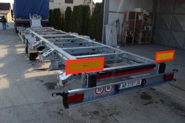 Prikolica O3 kategorije za prevoz broda sa električnim vitlom 6