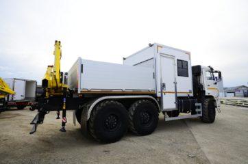 UNIC nadogradnja za prevoz rudara sa HYVA dizalicom 2
