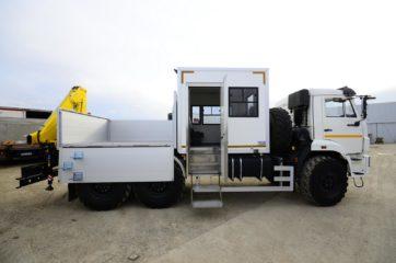 UNIC nadogradnja za prevoz rudara sa HYVA dizalicom 5