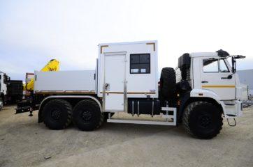 UNIC nadogradnja za prevoz rudara sa HYVA dizalicom