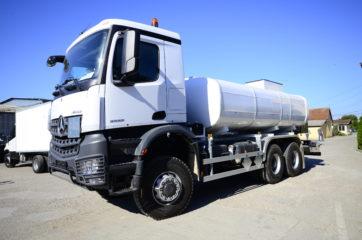 UNI CARGO cisterna V-15000l za prevoz naftnih derivata sa mehaničkom mernom opremom SAMPI