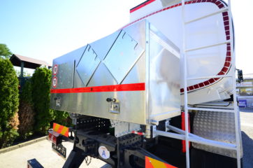 UNI CARGO cisterna V-15000l za prevoz naftnih derivata sa mehaničkom mernom opremom SAMPI - box