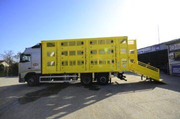 UNI CARGO ANIMAL nadogradnja za prevoz živih životinja u III nivoa - bocni prikaz