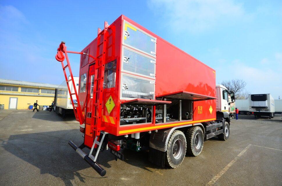 Mobile unit for making explosives